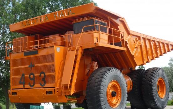 Camion hors route minier
